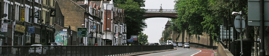 Archway Bridge looking north